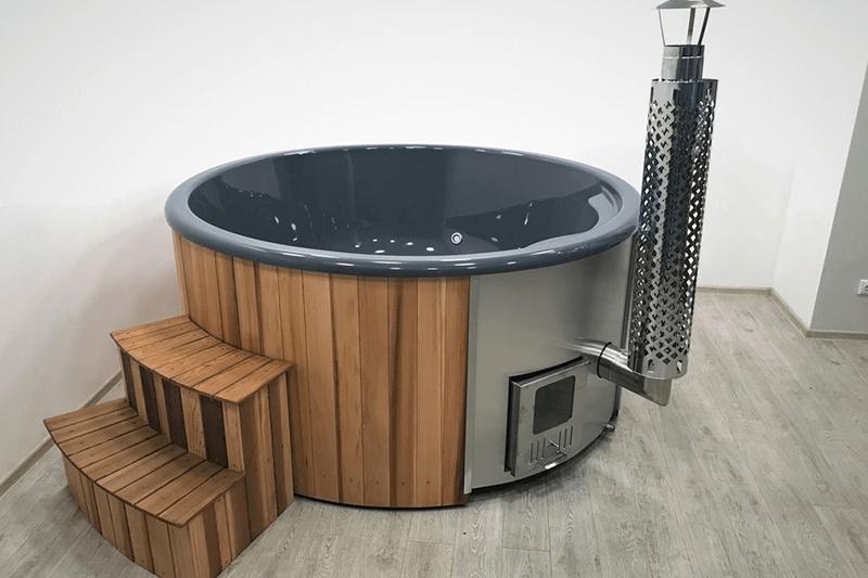 badtunna med integrerad kamin